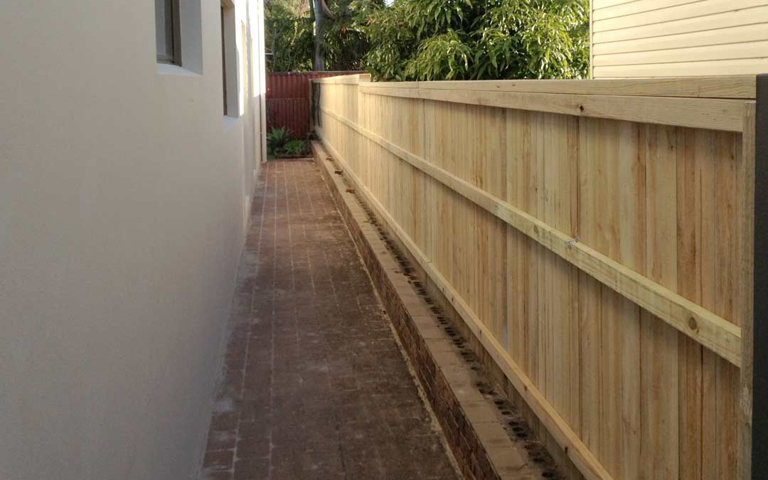 Replacement of Iron Fence with Timber Fence